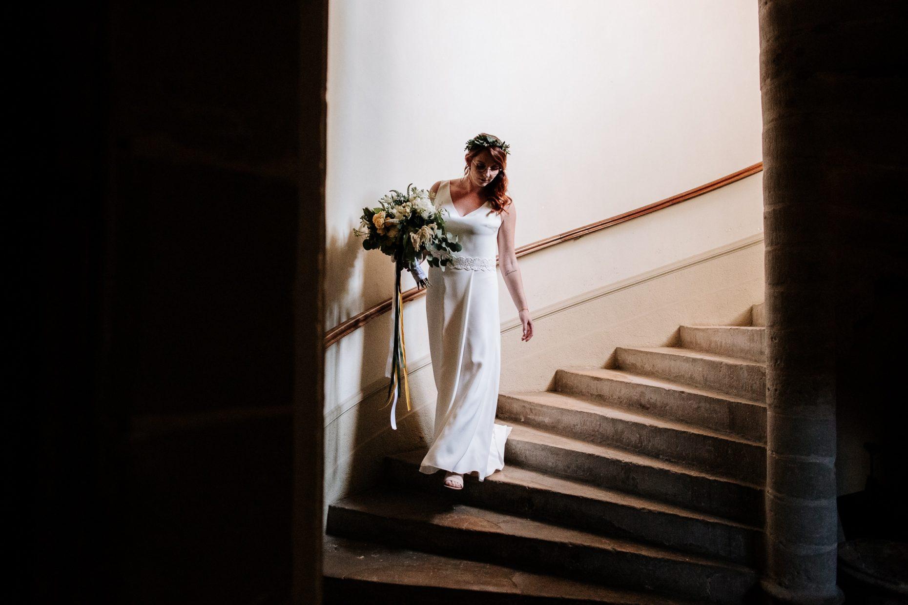 Préparatif de la mariée en Drome